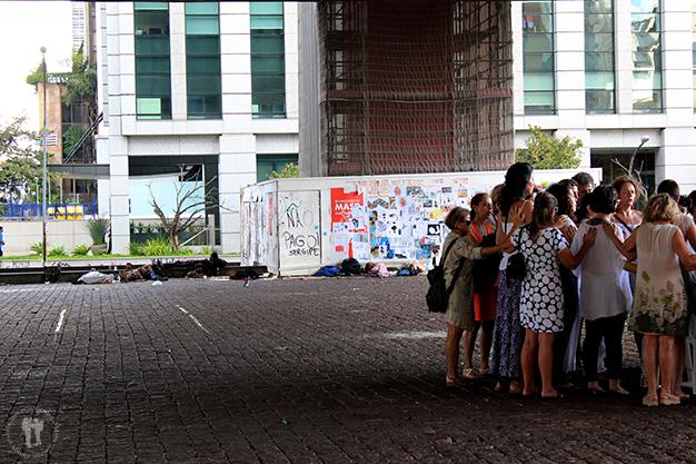 Contrastes de la Avenida Paulista – Exterior Museo de Arte