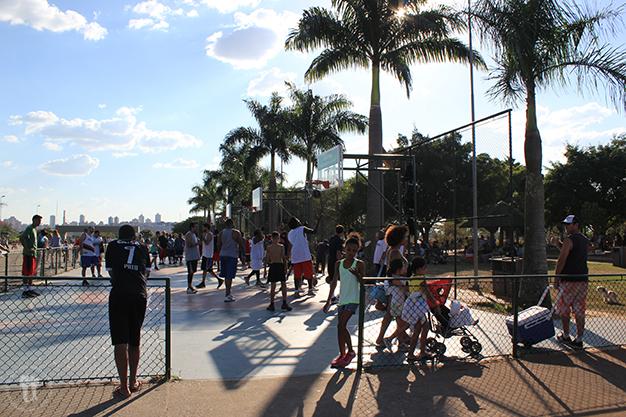 Los domingos los parques de São Paulo están repletos de gente y actividades