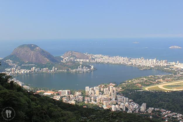 Vistas de Río de Janeiro desde otra perspectiva del Parque Nacional da Tijuca
