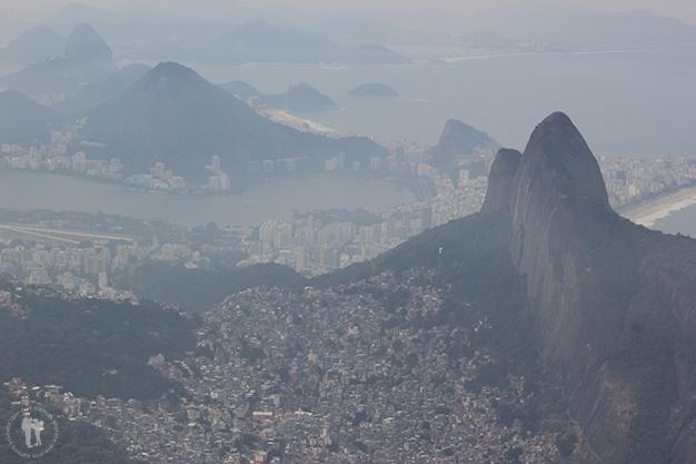 Otra espectacular vista de la ciudad desde Pedra da Gavèa