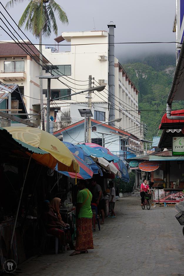 Despertar en Ton Sai Village