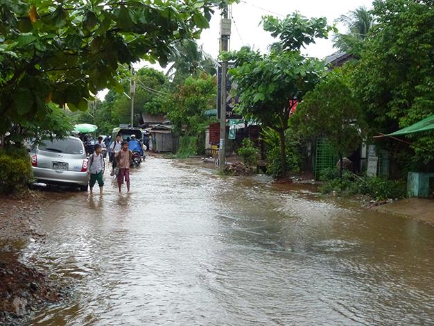 Vida normal por las calles de Bago. Foto realizada por Jesús Valera