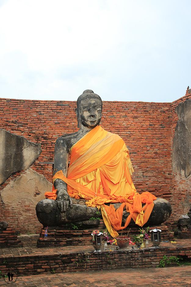 Buda sentado en Ayutthaya