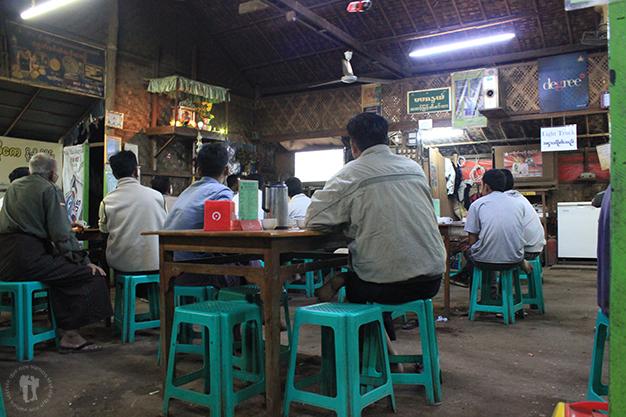 Myanmar vs Malasya, expectación en el que fue nuestro restaurante durante estos días