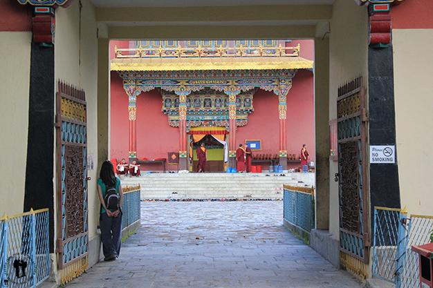 Callejeando cerca de Boudhanath, templo budista