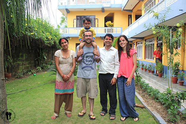 Momento Dashain con Raj, Anita y Prince