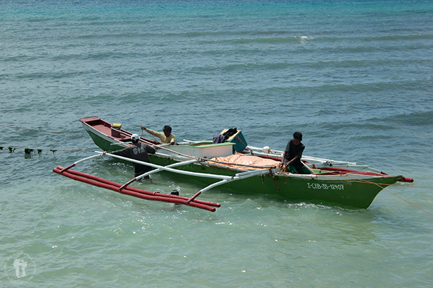 Barcas faenando