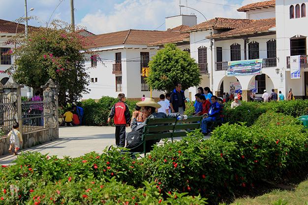 Locales en la Plaza de Armas