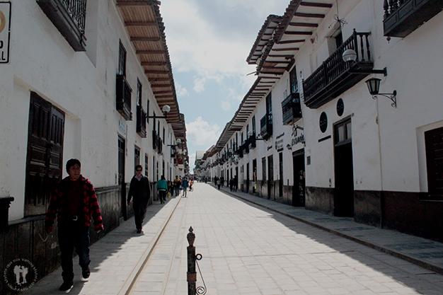 Calle de la población