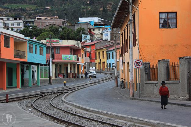 Las vías cruzan parte de la ciudad