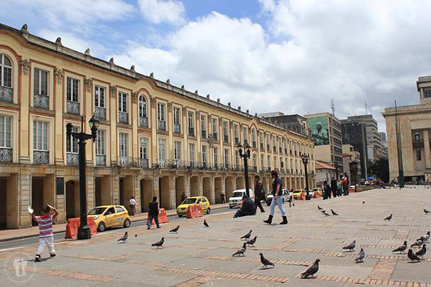 La vida de la plaza Bolívar