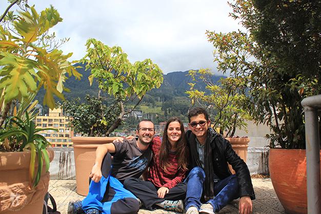 Acompañados de nuestro anfitrión en Bogotá, Javier