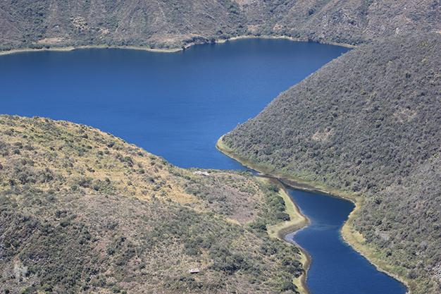 Agua entre las dos islas