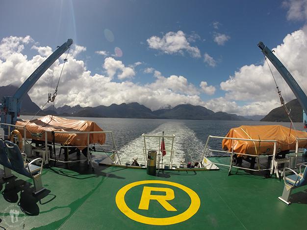 Barco que va a Puerto Chacabuco