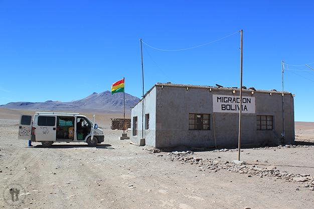 Migración Paso Hito Cajón - Bolivia