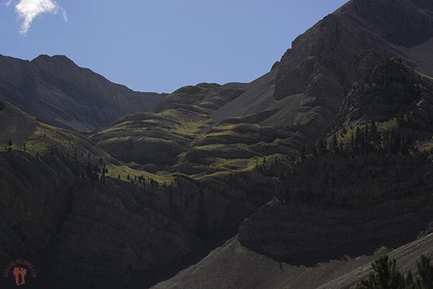 Detalle y formas de la montaña