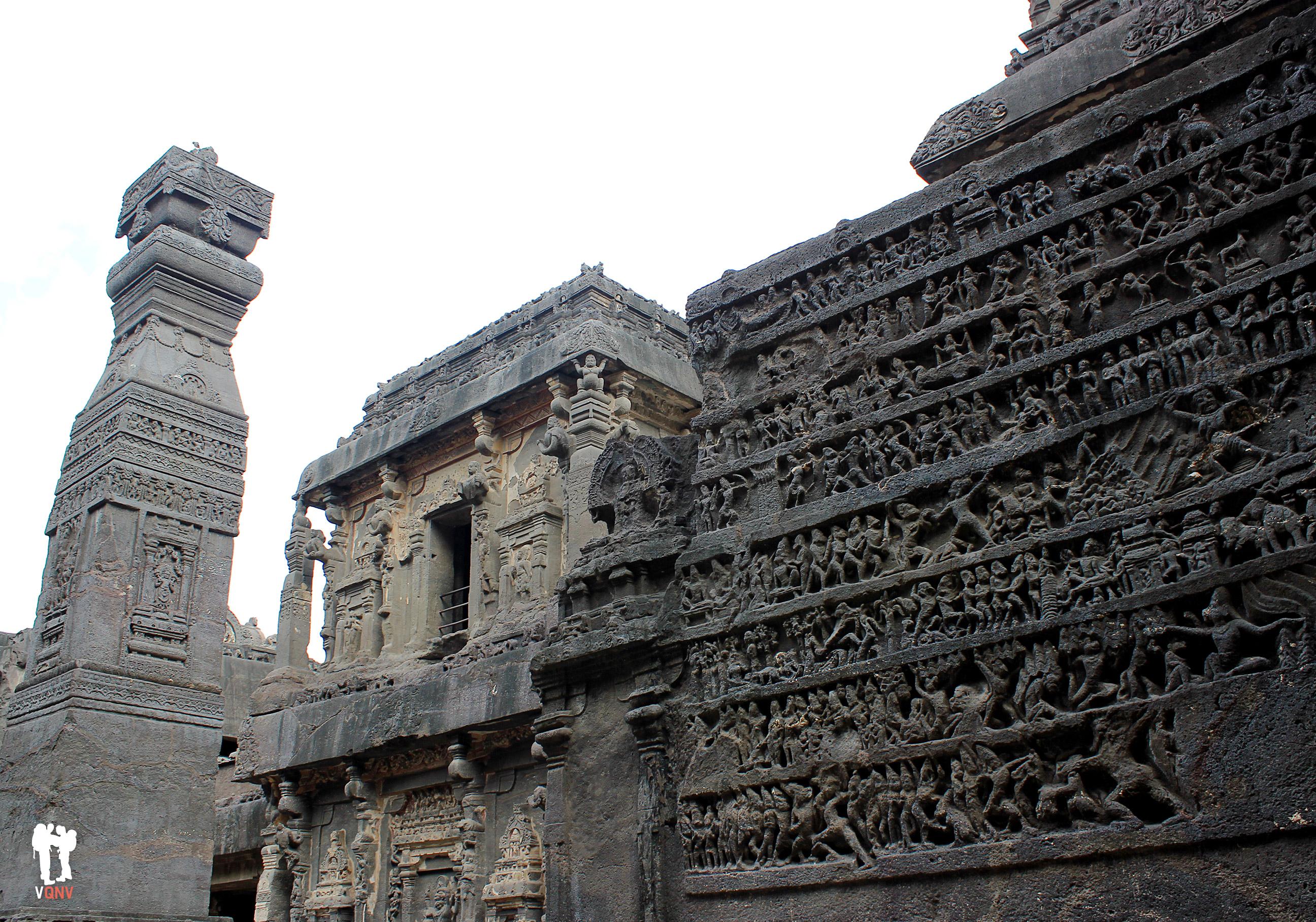 Figuras y detalles hinduistas del Templo Kailash