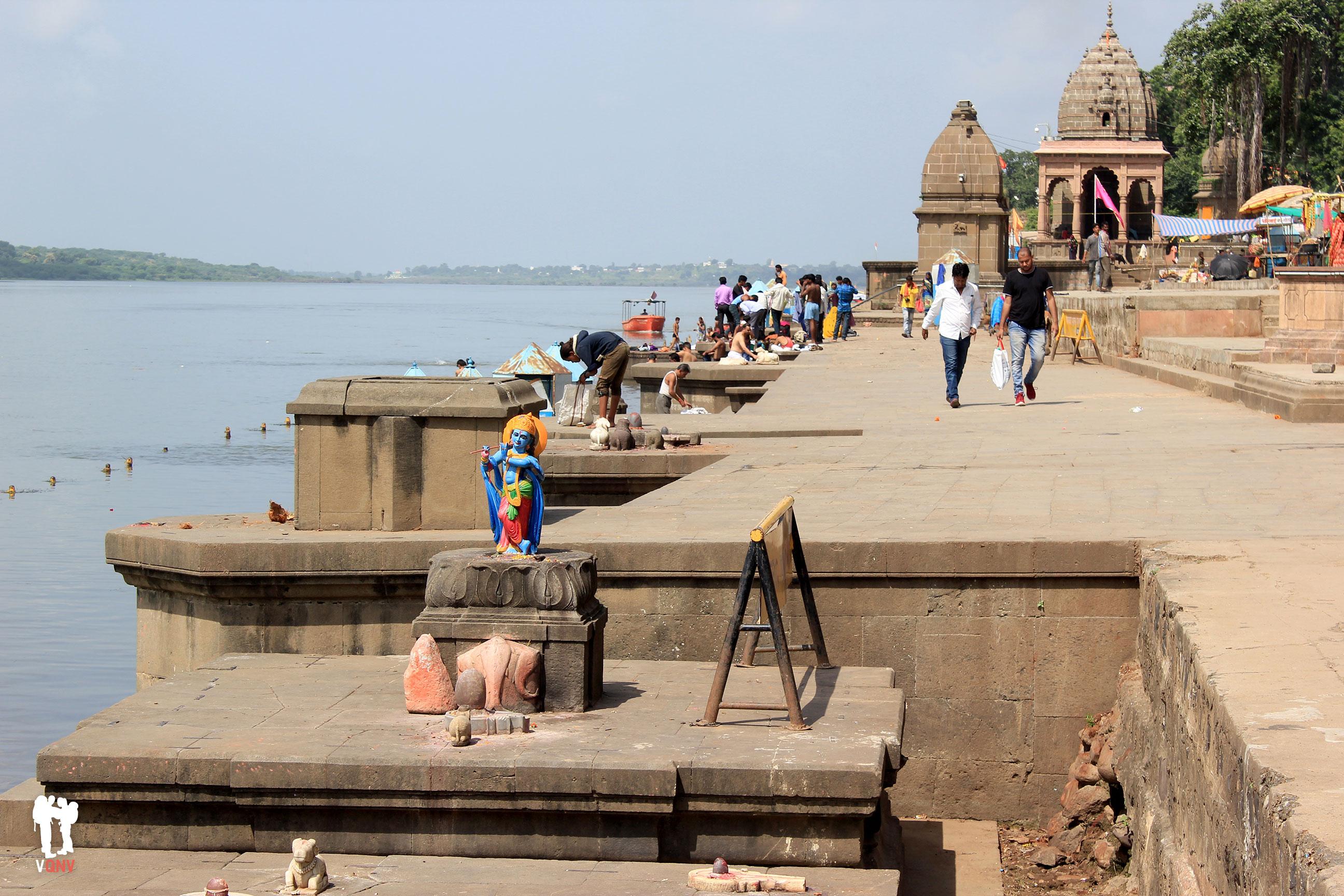 Los dioses del río Narmada