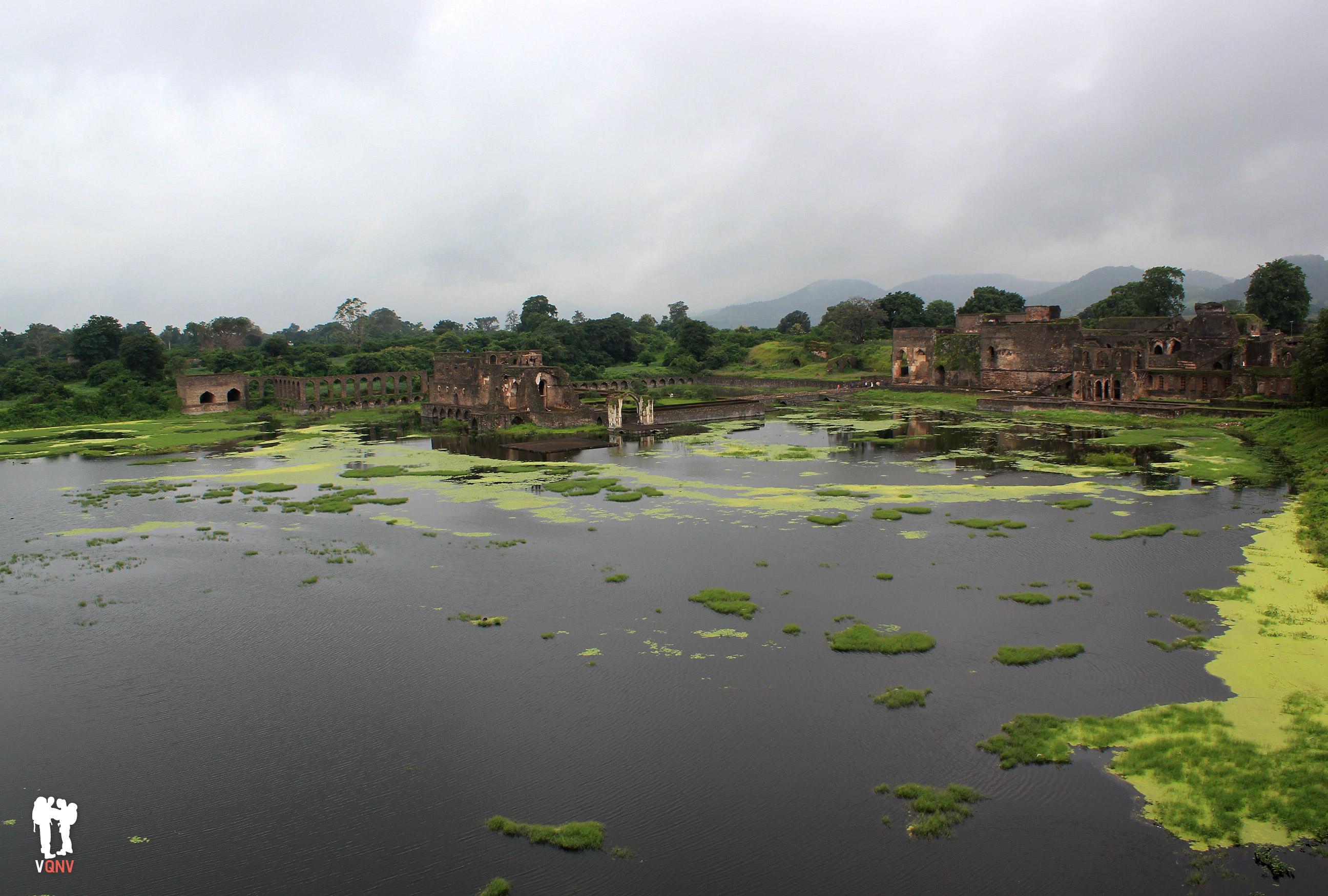 Vistas al palacio Jal Mahal y Champa Baodi
