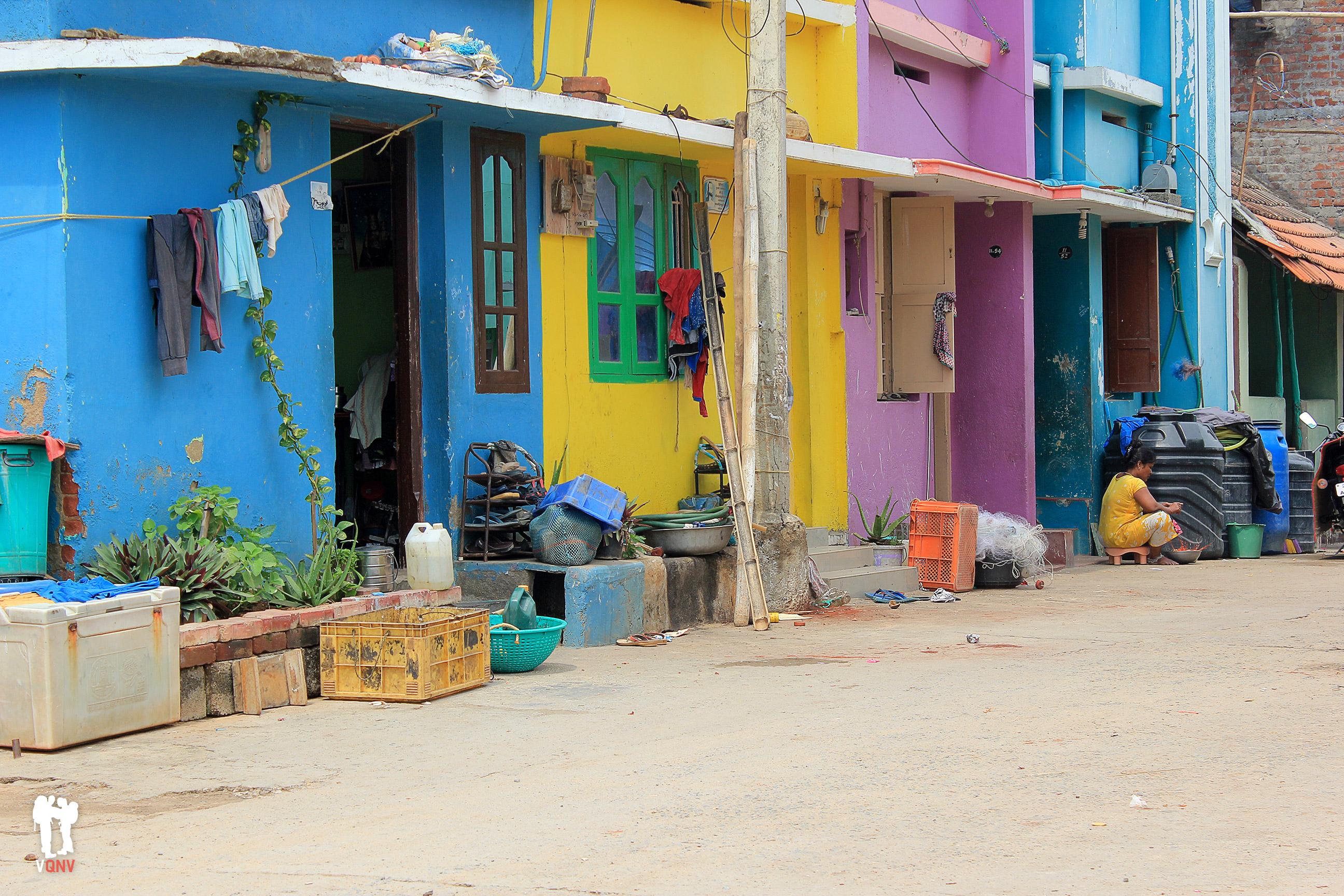 Colorido barrio de pescadores en Kanyakumari