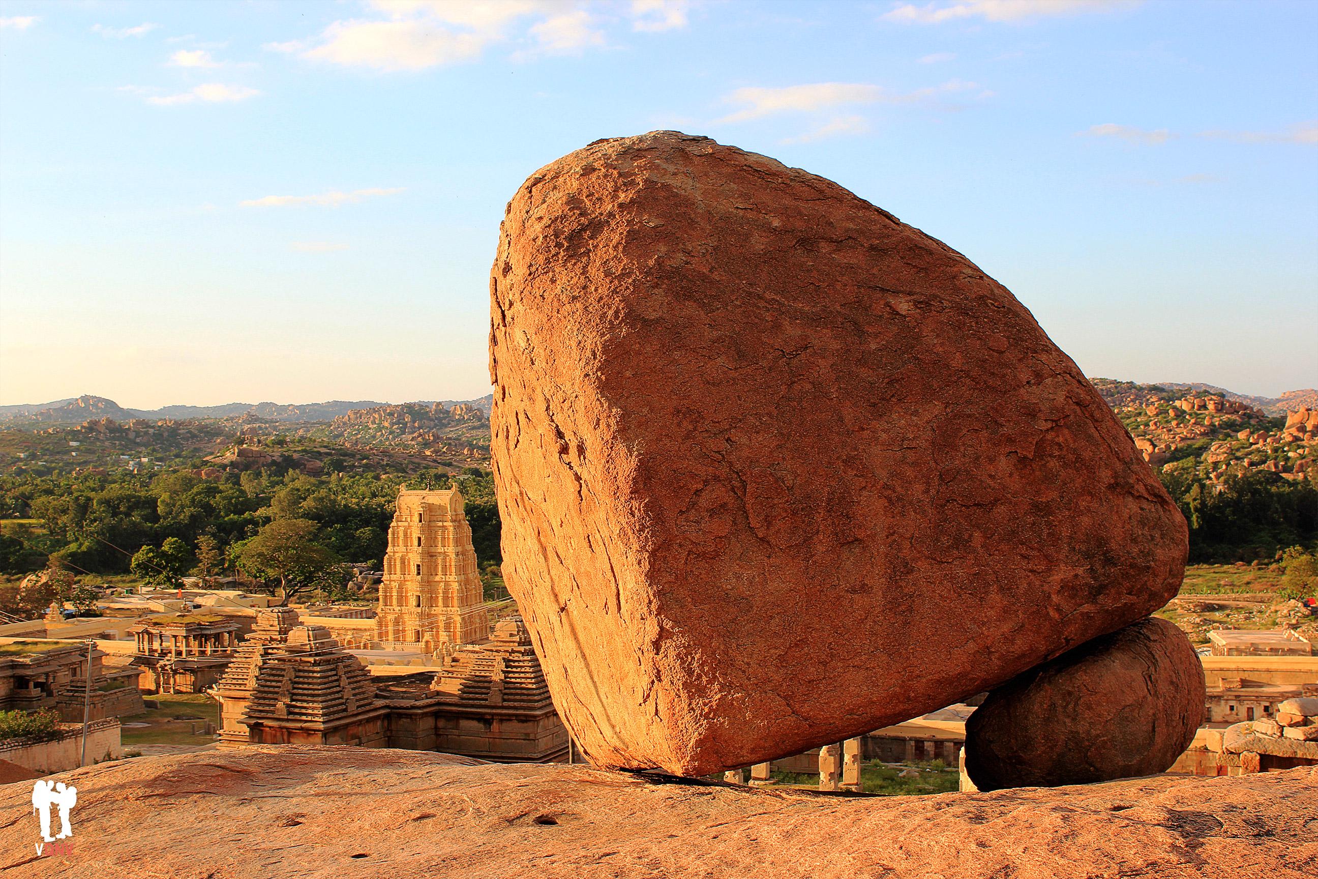 Atardecer con vistas al templo Virupaksha