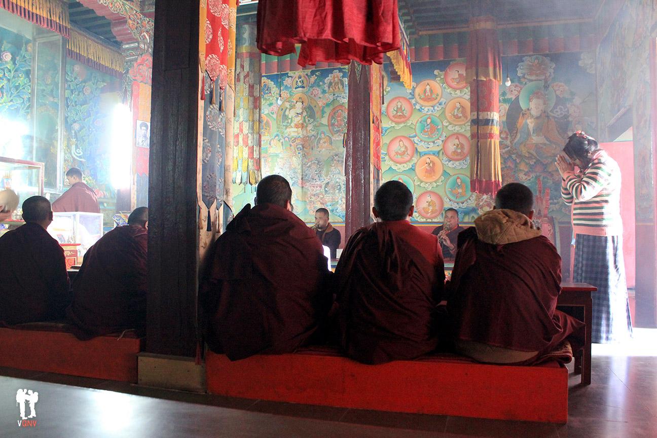 Ceremonia en Monasterio Enchey