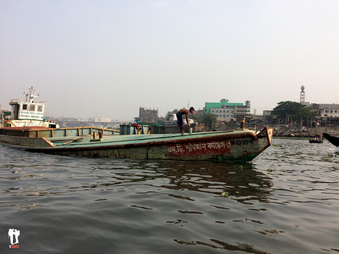 Barcos en el río Buriganga