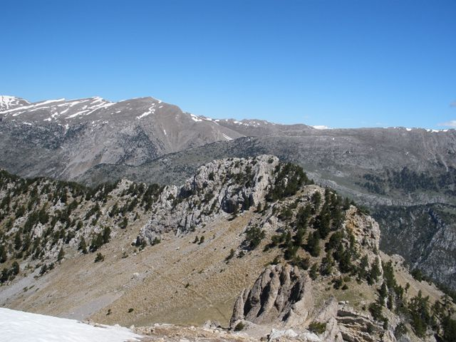 Mirada al Coll del Verdet desde el Pedraforca